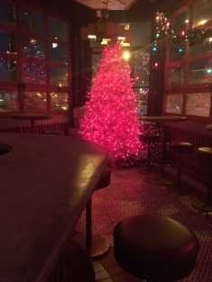 Estereo's very bright and red Christmas tree