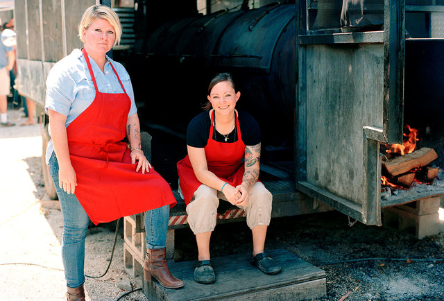 Owners of La Barbecue LeAnn Mueller (left) and Ali Clem (right). Credit: Thrillist